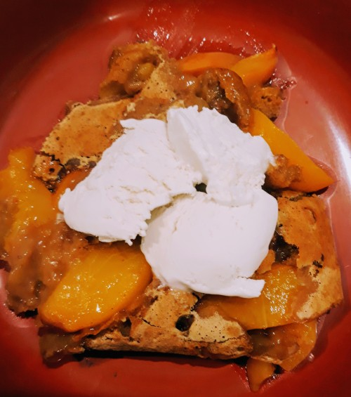 Peach Cobbler Tastes Great When It's Vegan and Gluten-Free!