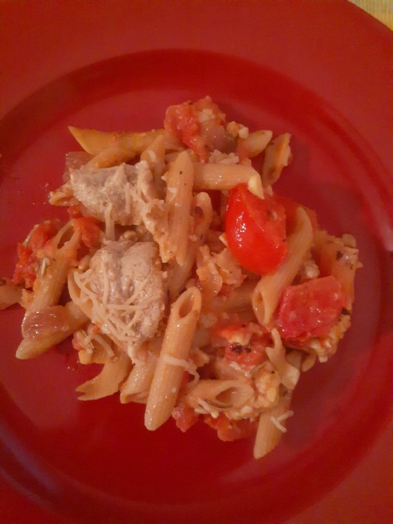 Eat Hearty With Our Vegan, Gluten-Free Tempeh and Pasta Casserole