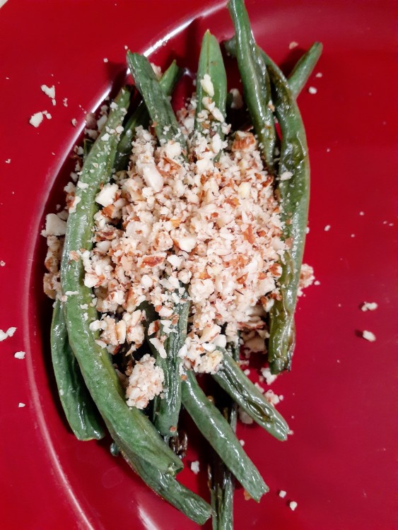 Give Your Green Beans Zest With Our Vegan, Gluten-Free Almond/Garlic Topping!