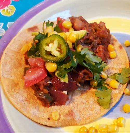 Celebrate Summer With Zesty Vegan Jackfruit Tostadas!